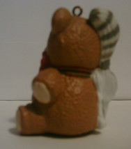 1988 Hallmark Handcrafted Ornament Purrfect Snuggle image 3