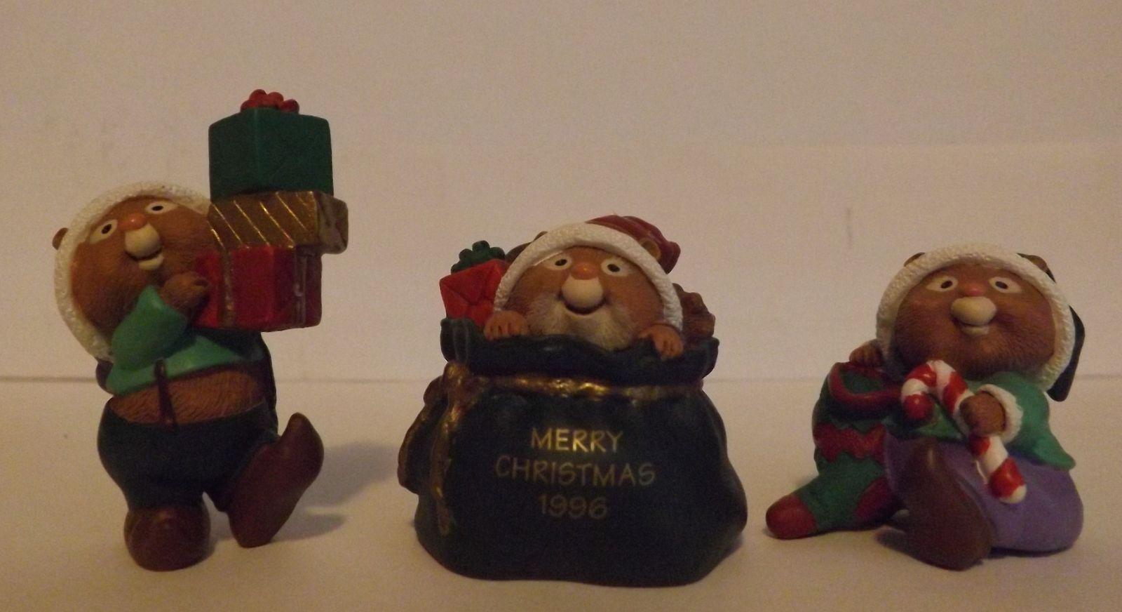 Hallmark Merry Miniatures Santa's Helpers 3-Piece Set Holidays 1996