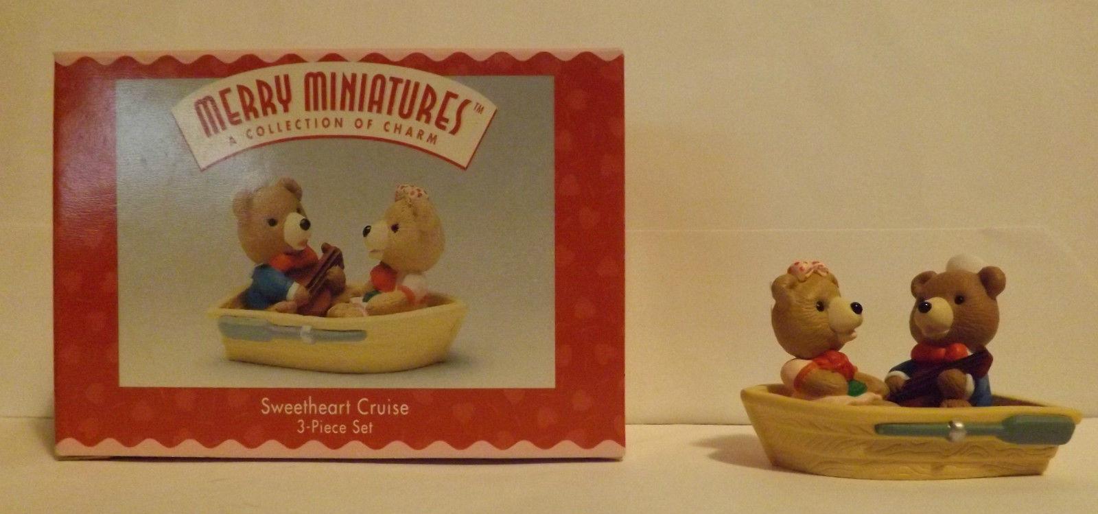 Hallmark Merry Miniatures Sweetheart Cruise 3-Piece Set 1996