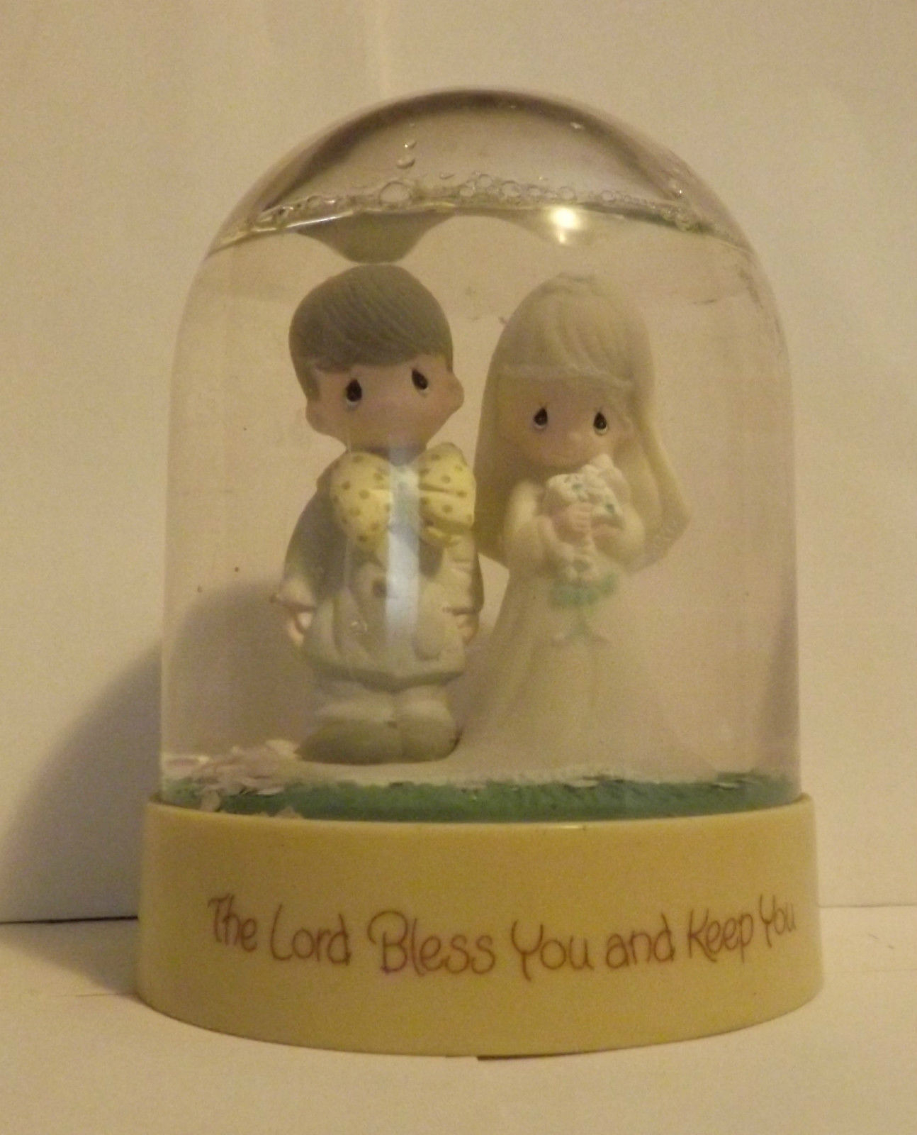Precious Moments Snow Globe The Lord Bless You and Keep You