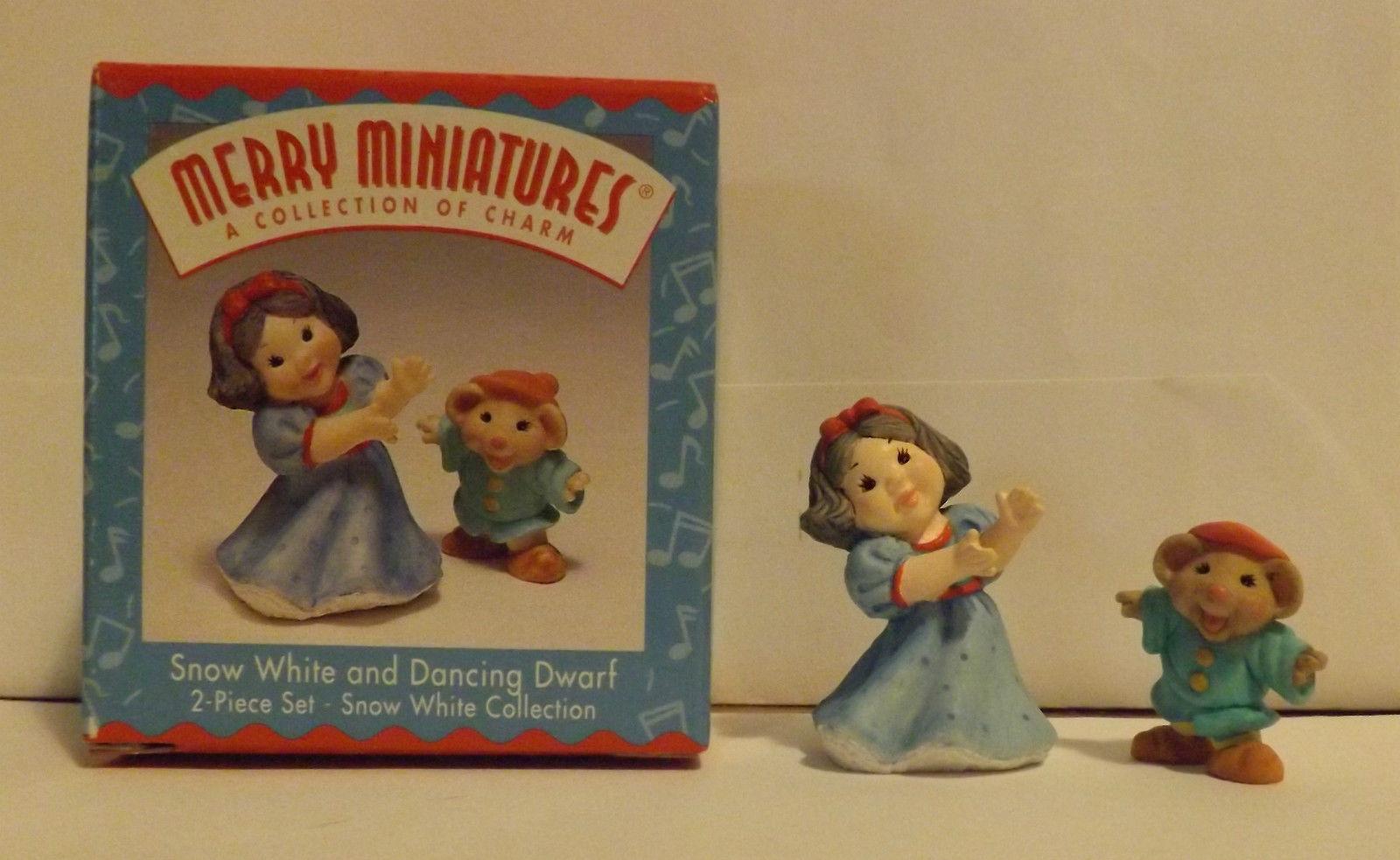 Hallmark Merry Miniatures Snow White and Dancing Dwarf 2-Piece Set 1997