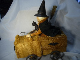 Bethany Lowe Halloween Witch Riding a Sponge Car & Black Cat no. T4032 image 2