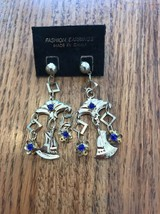 Classic Collection Fashion EARRING Ships N 24h - $17.62