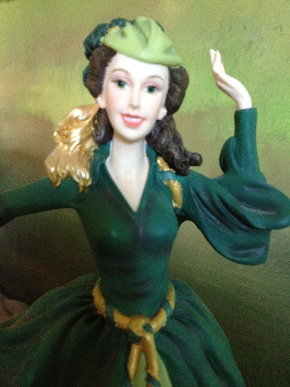 San Francisco Music Box Co - Scarlett in Green Dress Gone With the Wind
