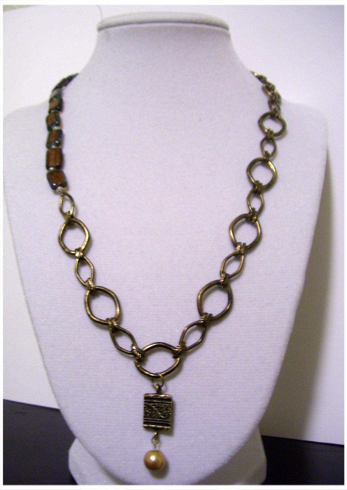 Vintage Style Brass Classic Style Chain and Beaded Necklace