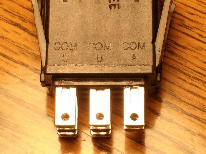 Bobcat PTO switch 1985032 / 430-798
