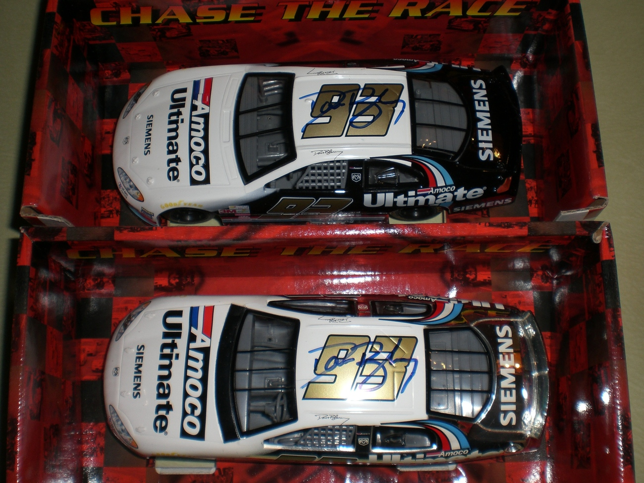 Dave Blaney SIGNED 1/24 Nascar 2 Chase diecast car LOT image 2