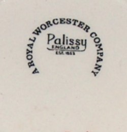 Royal Worcester Palissy Ginger Jar image 4