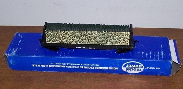 HO Model Train Lumber Car