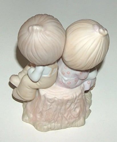 Precious Moments Love One Another Figurine E1376 image 2
