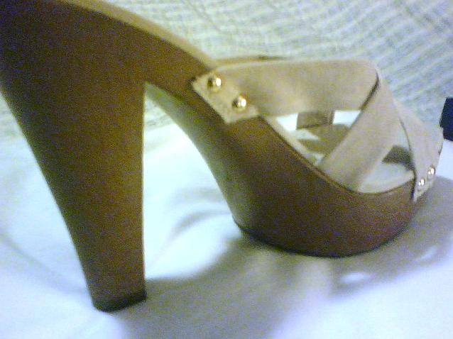 NEW SLEEK BEAUTIFUL Platform heels Off-white Beige Slides Slip-On  Bonanza