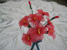 """Vintage Floral Decor Vase with flowers 4"""" x 6.5"""" Gift red handmade nylon Flowers image 2"""
