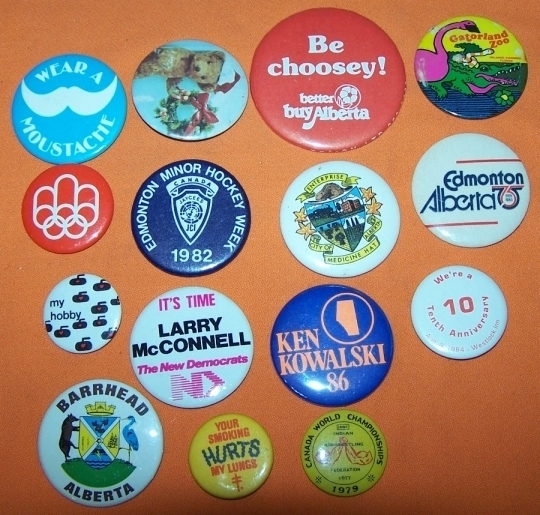 Advertising Buttons 15 Be Choosey !