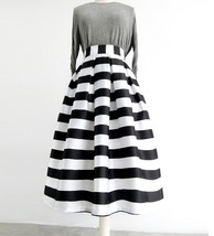 Women White Black Strip Pleated Midi Skirt A-line High Waist Pleated Plaid Skirt image 1
