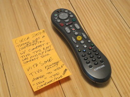 Comcast TIVO RF Remote Control TV Cable With Back Button - $23.26