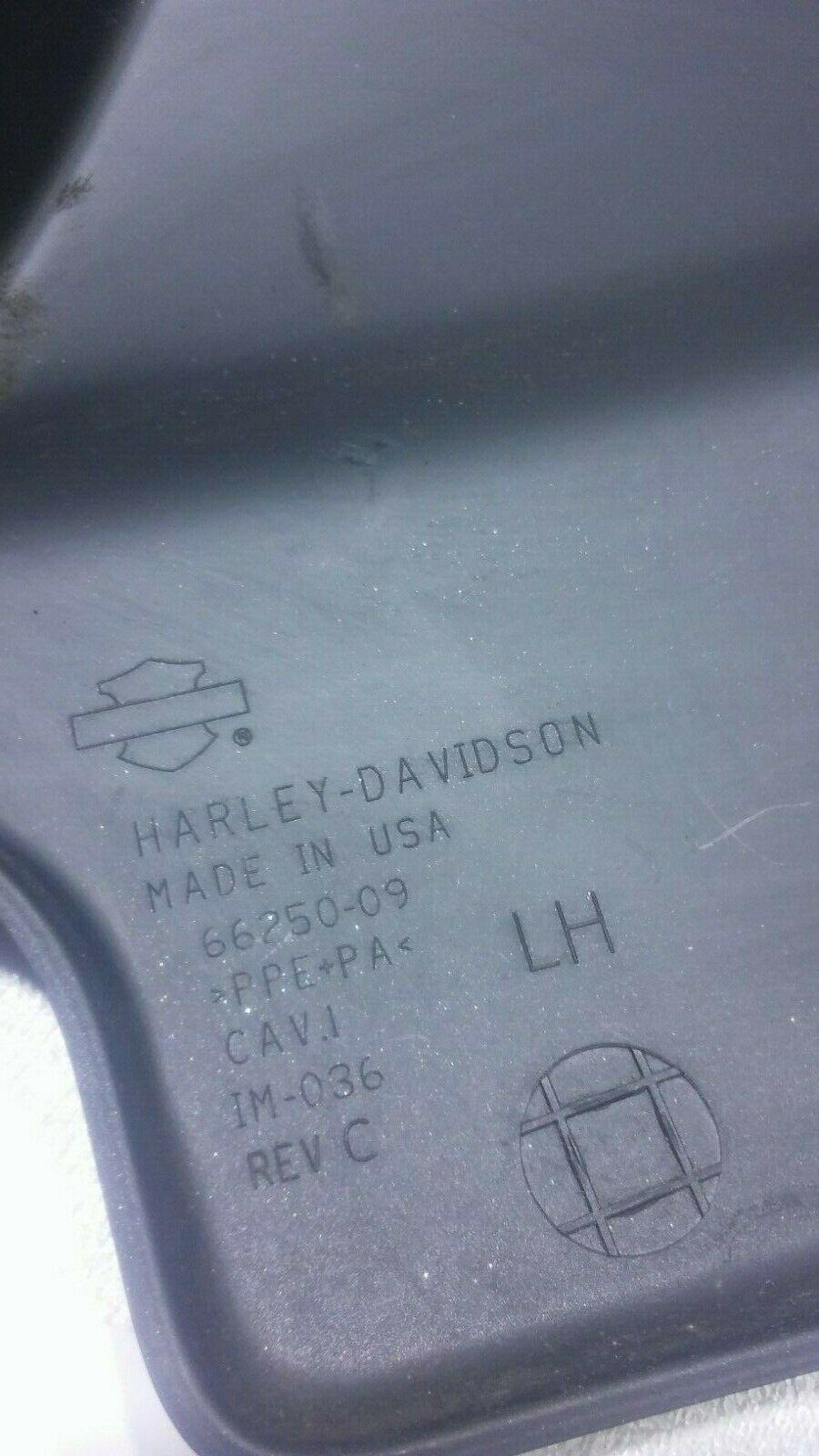 2017 Harley Davidson STREET GLIDE FLXH Side Cover LEFT 66250-09 OEM  image 6