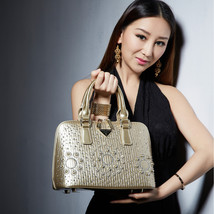 2017 Champagne Womens Leather Handbag Shell Bag for Party wedding with Diamond S - $110.08