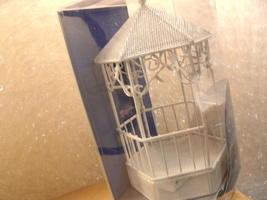 Wilton White Lighted Gazebo Centerpiece - New in Package   - $15.00