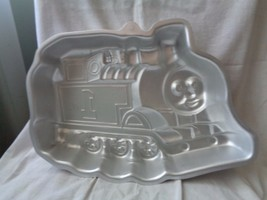 Cake Pan Decorating Wilton Pirate Thomas the Train - $10.00