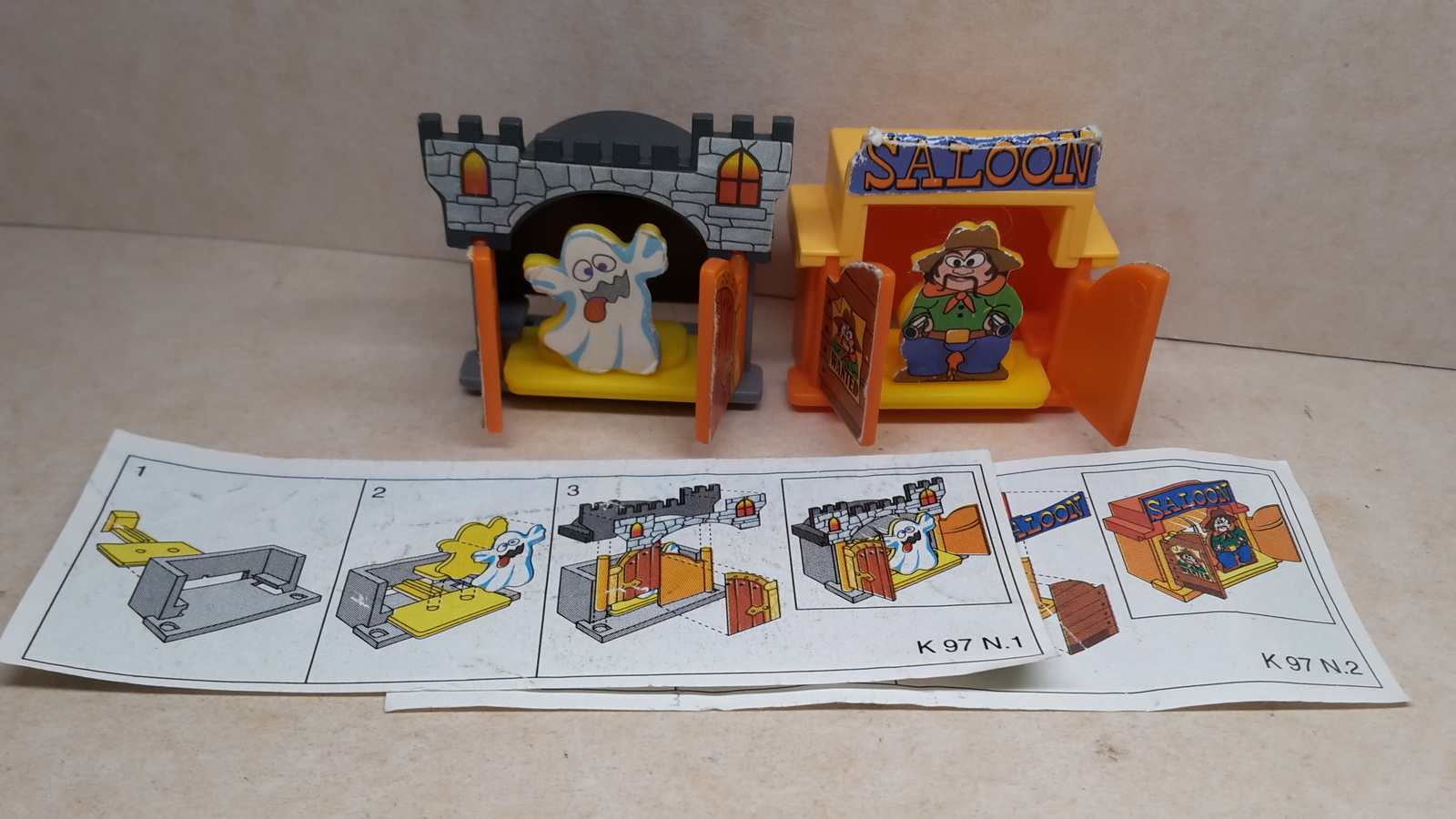 Kinder - K97 1-2 Castle and saloon - complete set + 2 papers - surprise eggs - $2.50