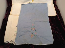 Antique Set of Four Embroidered Floral Hand Towels image 3
