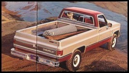1982 Chevy Full Size Pickup Truck Sales Brochure 24 pp - $7.71