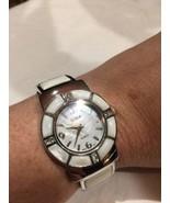 Vintage Stil Weiß Perlmutt Armreif Manschette Armbanduhr - $64.35