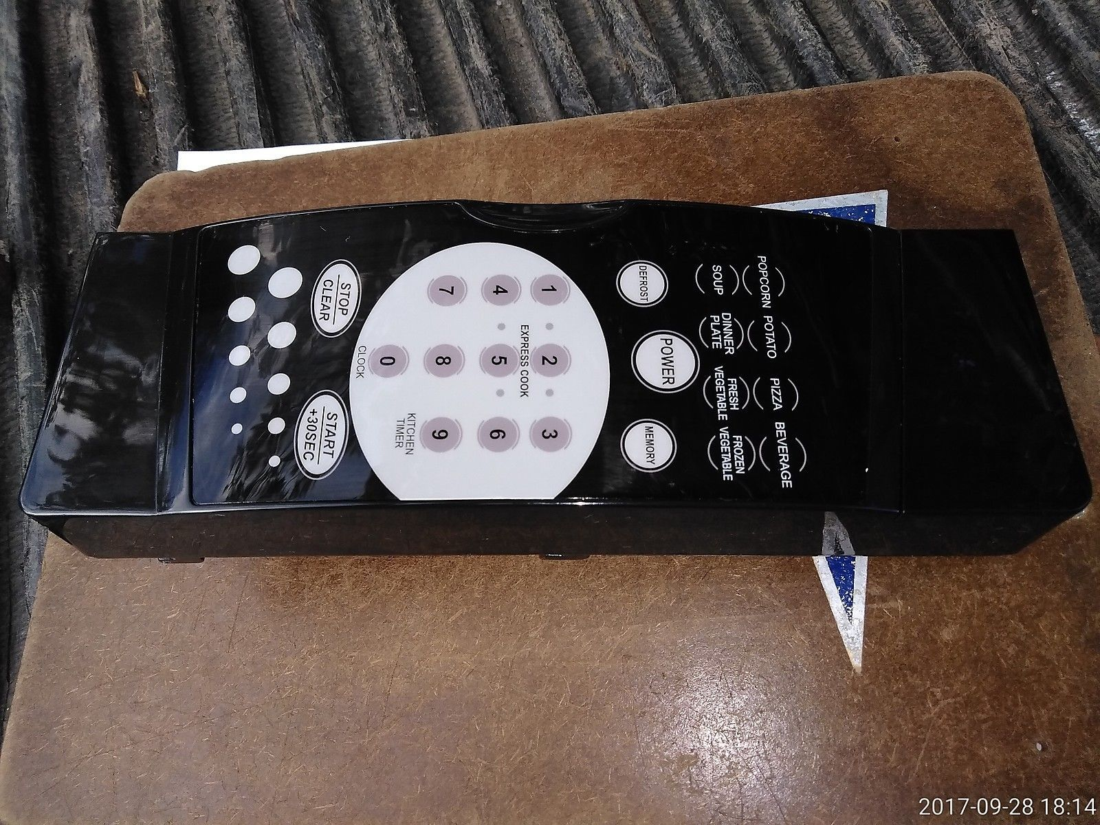 7FFF19 MAIN PANEL FROM WORKING MAGIC CHEF 770 SERIES MICROWAVE OVEN, VERY GOOD - $22.54