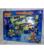 Max Steel MX4 Rocket Cycle Missile Launcher Vehicle Factory Sealed Box - $34.63