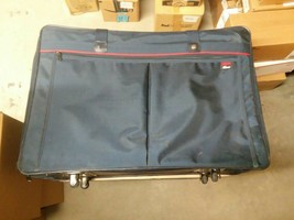 Verdi Suitcase Wheeled Luggage Blue With Red Strip - $55.44