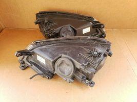 09-11 Volkswagen VW Tiguan Headlight Xenon HID AFS Set L&R image 8