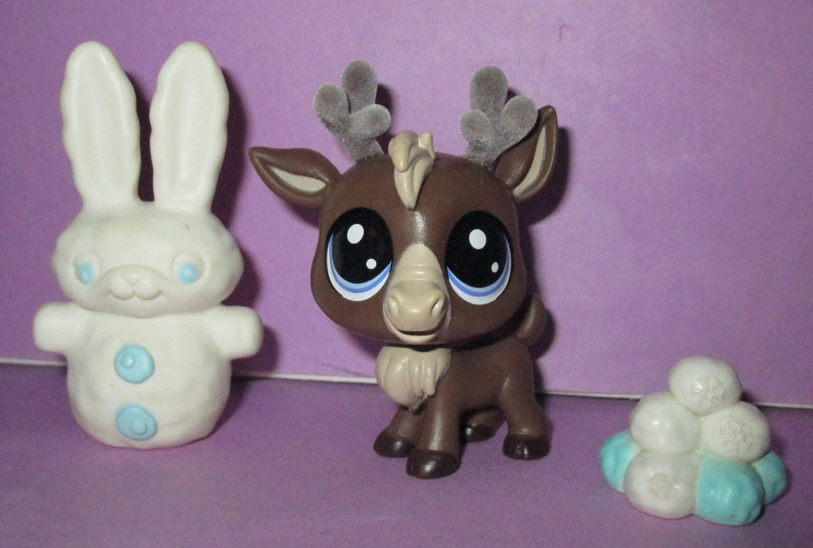 Littlest Pet Shop Lps Reindeer Caribou And 50 Similar Items