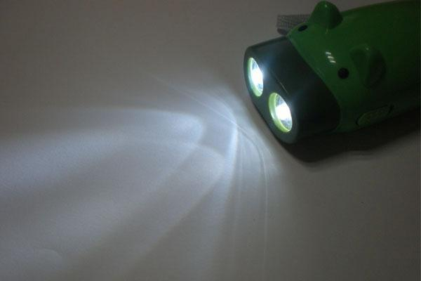 New Green 2 LED Pig Wind-Up Dynamo Flashlight  Torch Lamp image 2