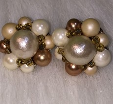 Vintage Bead Cluster Clip On Earrings Pearly Taupe Japan Collectible Gift - $4.00