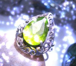Genie ring thumb200