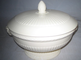 Wedgwood Edme Covered Vegetable Dish / Lid Rams Handle Footed Serving Bo... - $57.19