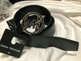 Michael Kors Saffiano Leather Reversible Logo Medallion Belt 1 size fits... - $34.64