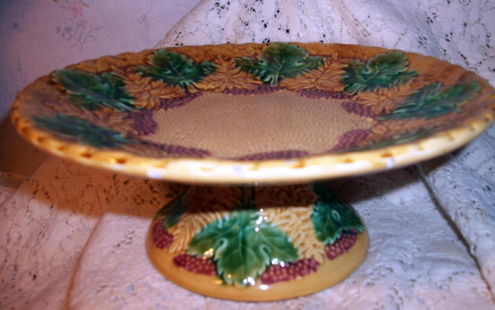 Majolica Pottery Footed Pedestal Antique Compote Tazza Cake Stand Grape Leaf Red