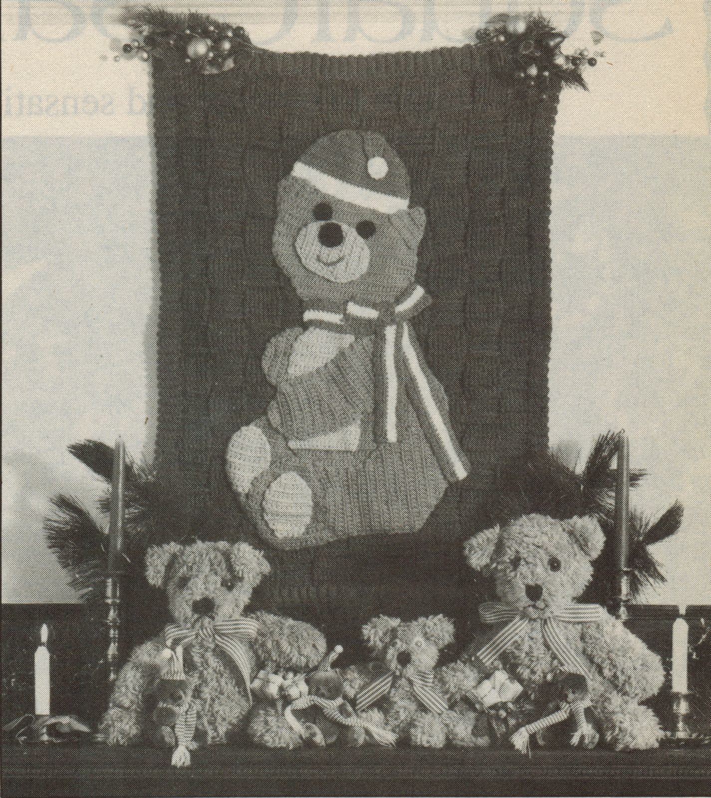 Primary image for Crochet Xmas Santa Bear Wall Hanging Mistletoe Holiday Soccer Afghan Patterns