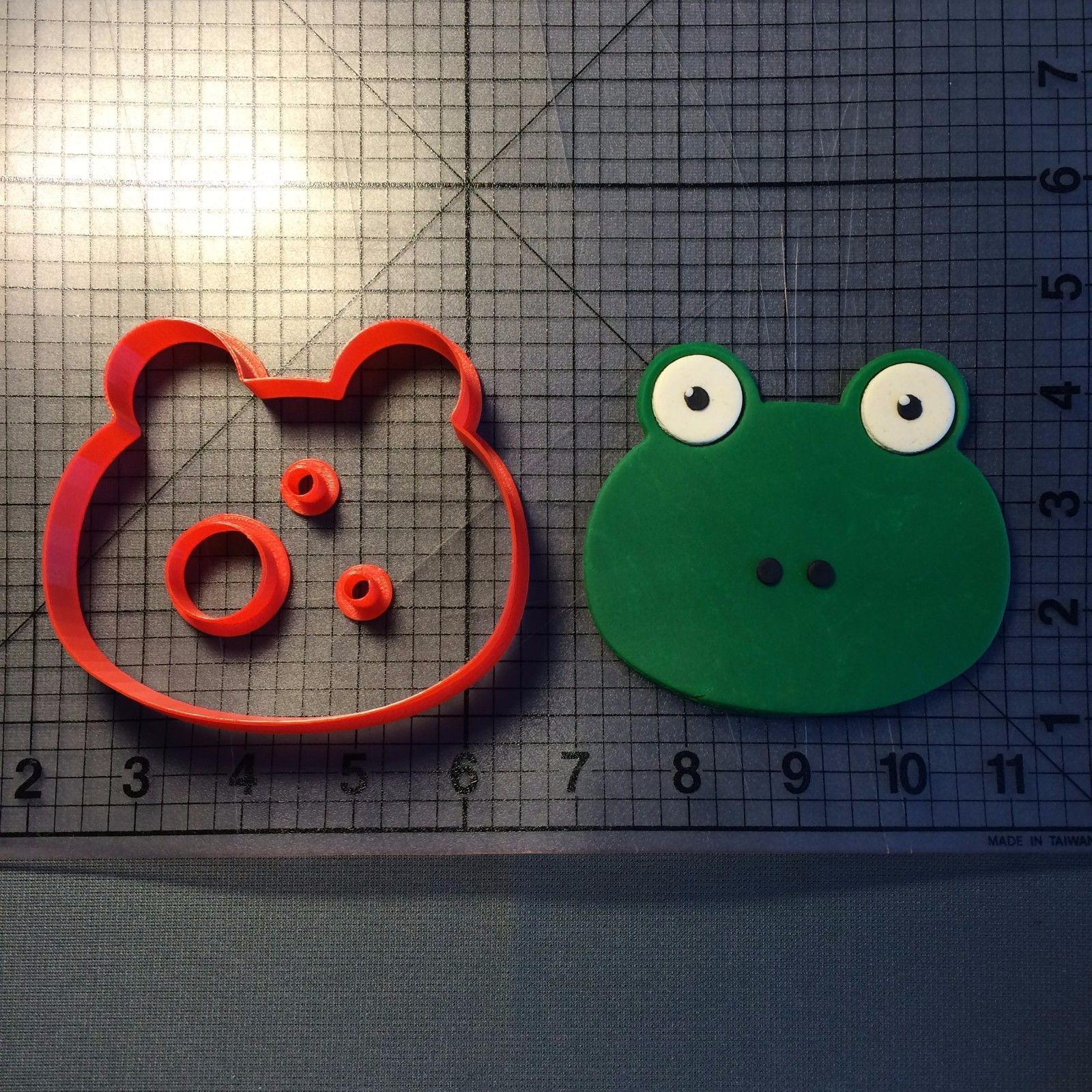 Primary image for Frog Face 100 Cookie Cutter Set