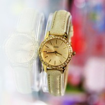 New GUESS W0582L1 MINI Golden Rhinestones Dial Leather Band Women Watch  - £72.21 GBP