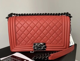 NEW RARE AUTH CHANEL RED QUILTED CALFSKIN SO BLACK HW MEDIUM BOY FLAP BAG image 1