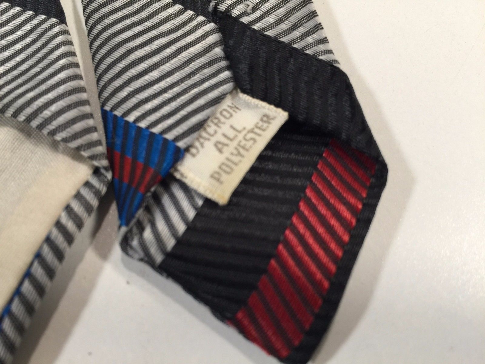 Vintage Tie - Blue, Red, Black, Grey - Polyester - Unbranded - Stripes