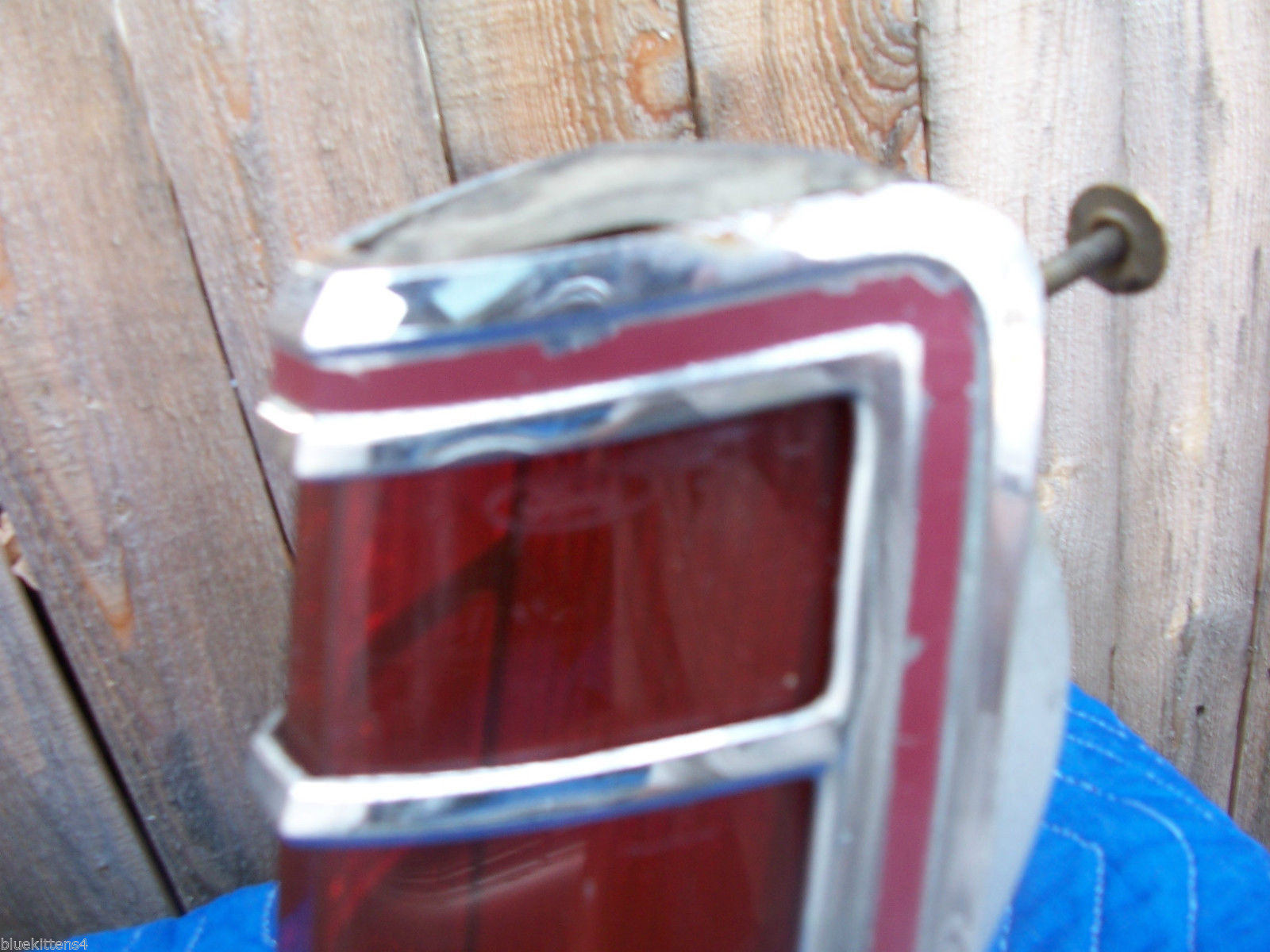 1977 MARK V RIGHT TAILLIGHT OEM USED ORIGINAL LINCOLN FORD PART 1979 SCRATCHES image 4