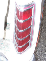 1977 MARK V RIGHT TAILLIGHT OEM USED ORIGINAL LINCOLN FORD PART 1979 SCRATCHES image 2