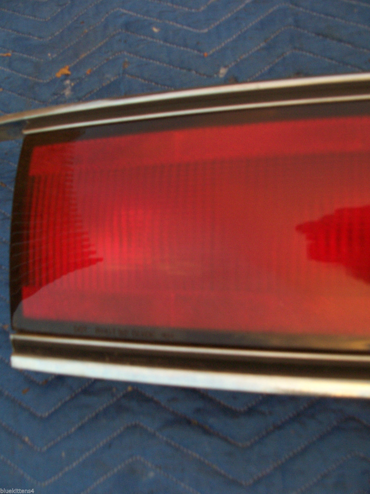1992 1993 1994 1995 BUICK LESABRE CENTER TAIL LIGHT OEM USED TRUNK MOUNT PANEL image 3