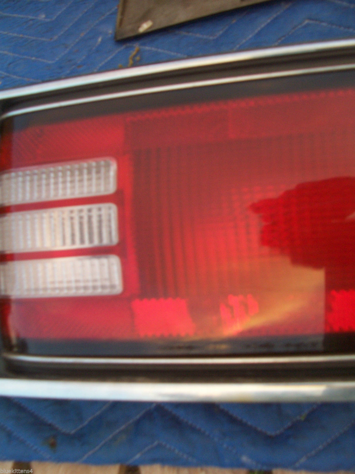 1992 1993 1994 1995 BUICK LESABRE CENTER TAIL LIGHT OEM USED TRUNK MOUNT PANEL image 8