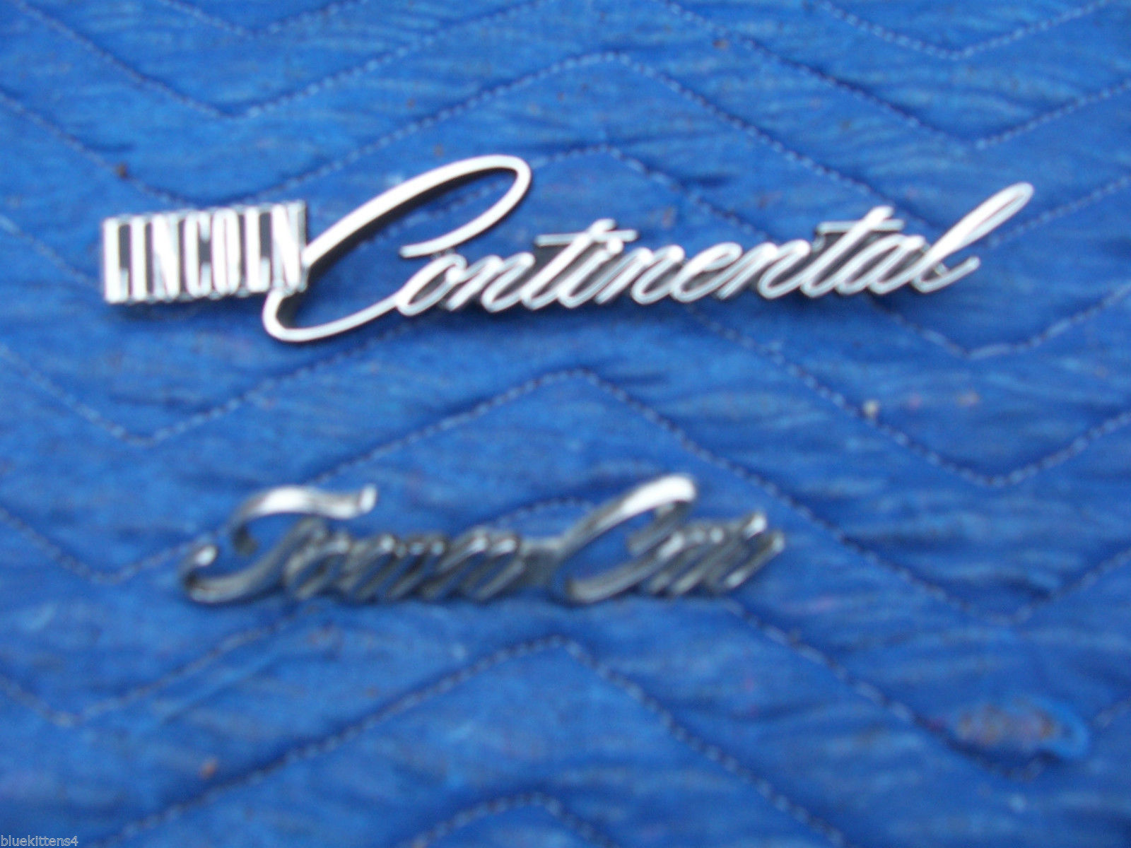 1978 1979 CONTINENTAL TOWNCAR FENDER TRIM EMBLEM ORNAMENT OEM USED LINCOLN PART image 1