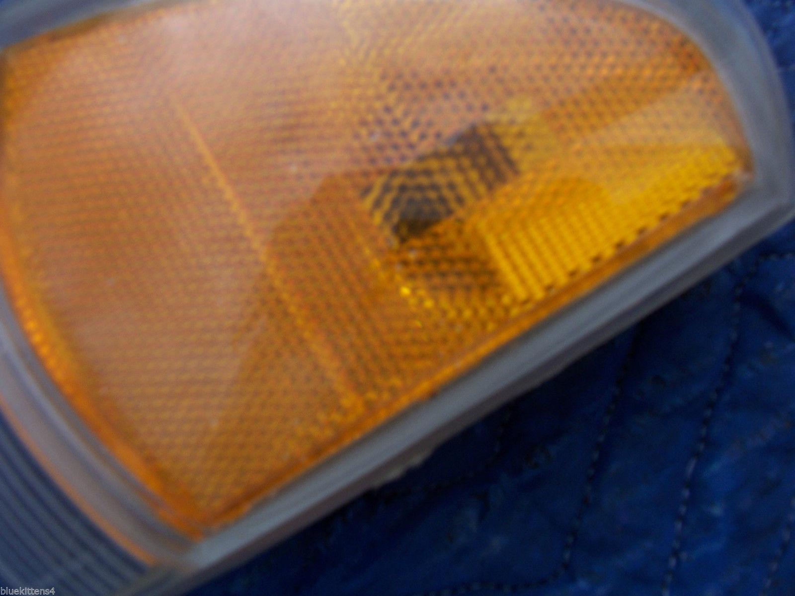 1996 1997 BONNEVILLE LEFT CORNER MARKER SIGNAL LIGHT OEM USED ORIG PONTIAC GM
