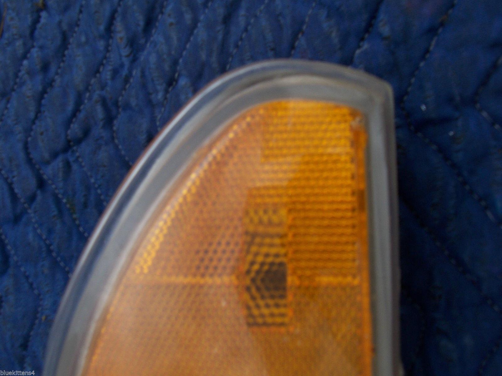 1996 1997 BONNEVILLE LEFT CORNER MARKER SIGNAL LIGHT OEM USED ORIG PONTIAC GM image 2